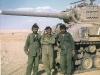 Posádka izraelského tanku na Sinaji 15. října 1973 (foto: David Gal)