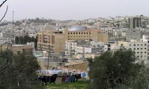 Palestinec zadržen před tím, že se pokusil pobodat izraelského vojáka