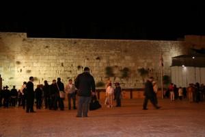 Zeď nářků se připravuje na novoroční nával věřících