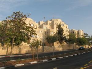 V Gilo bude postaveno dalších 1100 bytových jednotek, Palestinci jsou proti