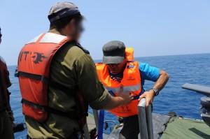 Komando izraelského námořnictva zasáhlo proti francouzské lodi plující do Gazy